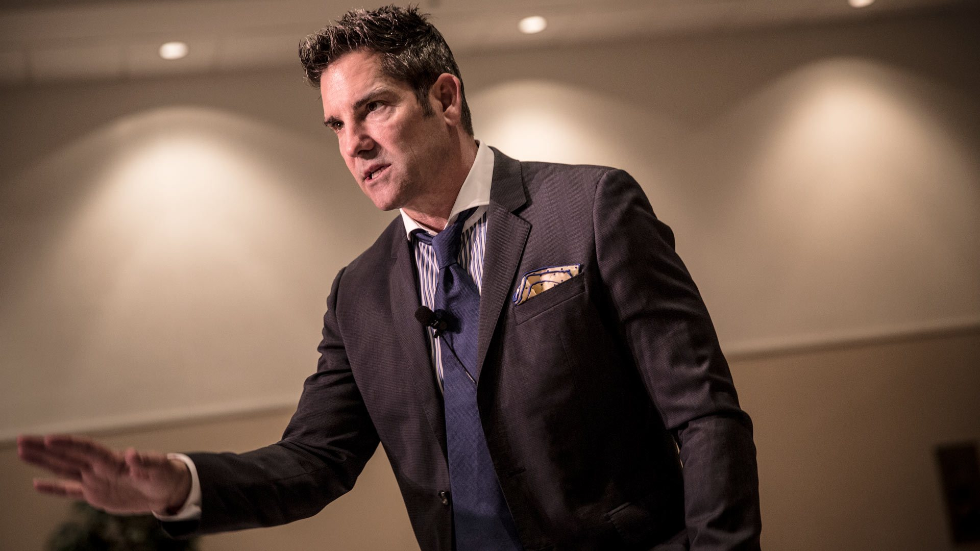 Grant Cardone's 7 Steps Of A Correct Business Cycle